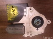 VW 1K0 959 702 P, 3C2 837 461 L / 1K0959702P, 3C2837461L PASSAT (3C2) 2008 Window lifter motor Right Front